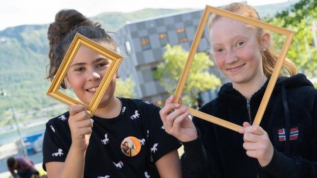 Ava (9) og Marthe Sofie (12) deltok begge på museets sommerkurs