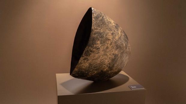 «Naa» av Rose-Marie Huuva